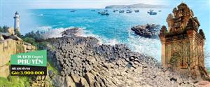 Vẻ đẹp mê hoặc của Phú Yên hút du khách dịp hè