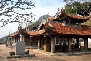 chùa Hoa hiên yên tử