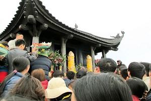 du lịch lễ hội yên tử 1 ngày khởi hành từ Hà Nội