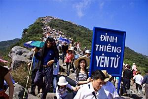 du lịch lễ hội yên tử 2 ngày 1 đêm khởi hành từ Hà Nội
